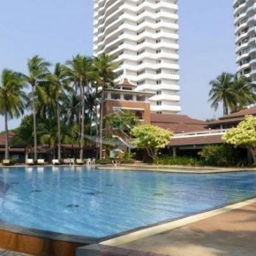 Royal Cliff Garden 3-Bedroom Condominium for sale